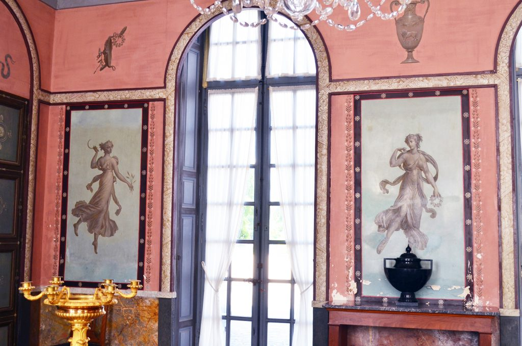 Fig. 4 La Malmaison Louis Laffite sur dessin Percier ensemble 0533